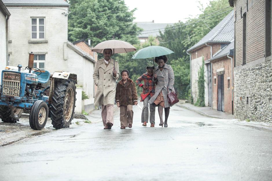 Ein Dorf Sieht Schwarz Film Stream