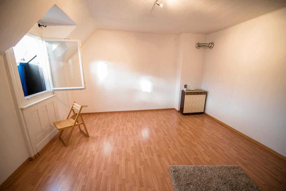 kontext wochenzeitung ausgabe 374 wir sind alle wilhelm raabe stra e 4. Black Bedroom Furniture Sets. Home Design Ideas