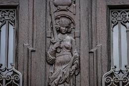 Justitia mit Schwert